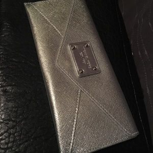 Silver Michael kors small pouch